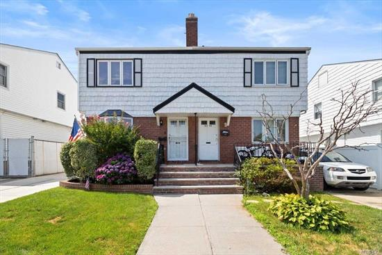 Well Maintain Single Dwelling Home In A Prime Whitestone Location, Convenient To All Major Highways/Park/Schools/Shopping/House Of Worship, School District #25, New Heat System/Water Heater/AC Units/PVC Fences/Bay Windows/Siding/Security Door Dates/Back Yard Awnings/Driveway/Roof/Pavers/Shed/Stainless Steel Appliances/Washer Machine/Brick Front Fence/Painting Front Of House.
