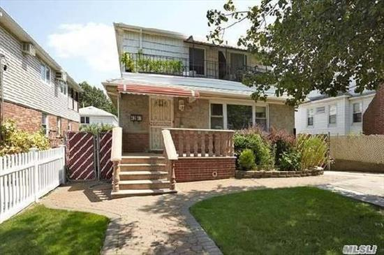 Bright nice 3 bedroom/1 bath apt in a house in Bayside. Best schools and close to shops and buses. New renovations.
