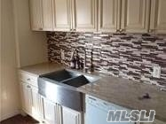 DIAMOND CONDITION DUPLEX 2 BED 1 BATH WITH FINISHED LOFT. WASHER /DRYER IN UNIT . ALL NEW FLOORING . MUST BE SEEN