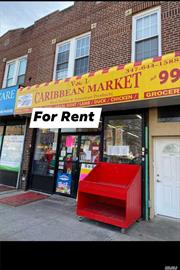 !!Location!!Location!Location! Prime Retail or Office Space Off 111 Ave & 126 Street. Maximum Visibility And High Foot Traffic. Mint Condition: 9 Feet Ceilings & Full Bathroom. W/Garage. Ideal For Retail, Lawyers, Doctors, Day Care, Professional Office Services Etc. Comes with basement for storage. Building size is approx 2000sq/ft. Close to all Transportation.