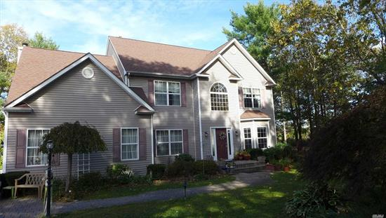Lovely 4 Bdrm Colonial.