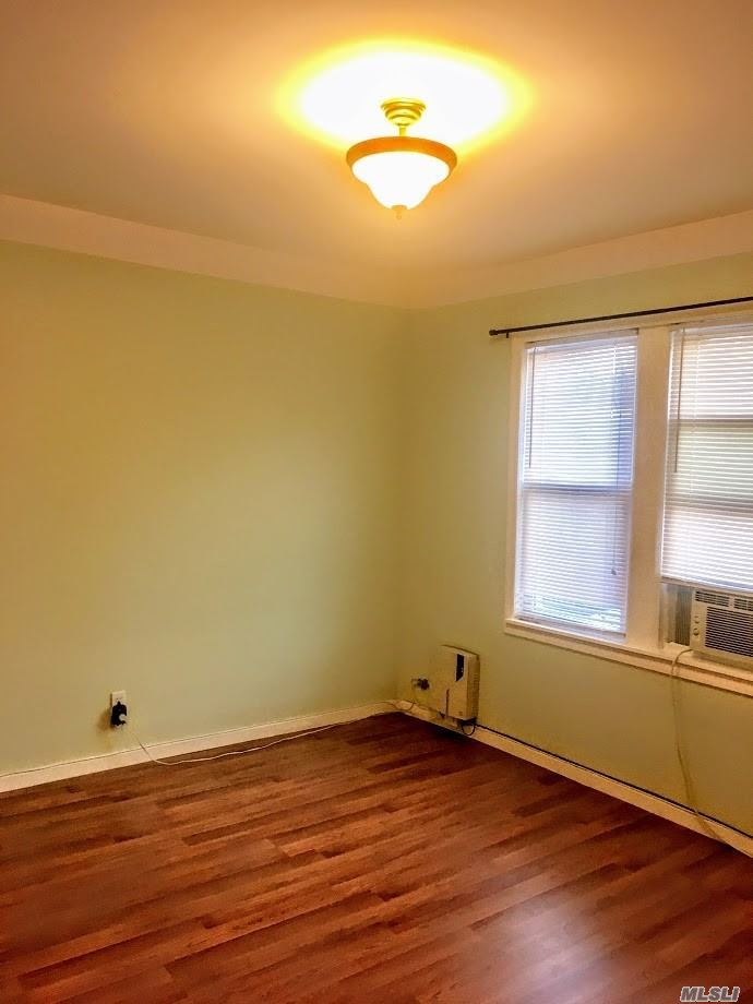1 Bedroom Apartment On The 2nd Floor Of A Private House. Apartment Features Spacious Living Room, Sunny Bedroom And Small Hallway. The Unit Has A Windowed Eat In Kitchen & Bathroom, 3 Closets And Plenty Of Street Parking. Prime Area, Lovely Quiet And Green Neighborhood. Rent Includes All Utilities.