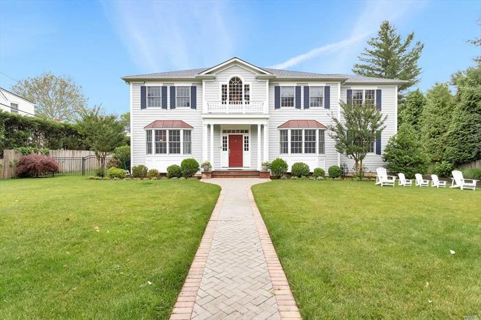Located directly across the street from the Plandome Village Green and Tennis courts, this newly built CHC colonial offers Manhasset living at its finest. Built with thoughtful attention to detail & every amenity in mind, a dramatic entry & formal entertaining rooms flow to a perfectly appointed chef's kitchen and family room offering indoor/ outdoor living. Sited on flat park-like third-acre with a mature plantings and a fully fenced back yard.