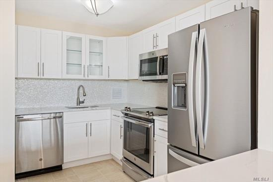 Sponsor Apartment - No Board Approval. Modern, Custom and Designer Renovation Just Completed Throughout The Entire Home. Now Vacant And Waiting For Your Personal Touches. Washer Or Dryer On Every Floor. No Dogs Allowed. Le Havre Amenities: A Fitness Center, 2 Outdoor Pools, 3 Tennis Courts, Clubhouse, Fitness Center, And Restaurant.