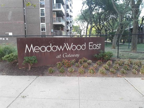 This cozy studio condo boast hardwood floors eat in kitchen with windows that allows glorious sunlight and balcony for fresh air. 24hr security. A stone throw away from Gateway Mall and accessible to all transportation and freeways. Motivated Seller :-) !