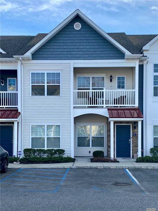 Enjoy The Village Lifestyle In This Fully Upgraded Model Unit That Features High Ceilings W/ Recessed Lighting, Oak Floors, Granite Countertops, Ss Appliances, Custom Maple Cabinetry, Master Bedroom W/ Ensuite, Patio W/ Storage Unit. A Stone's Throw Away To All Village Amenities, The Great South Bay, Ferries, And Bars & Restaurants.