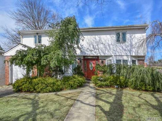 Spacious Colonial! Ef, Lg Fdr, LR, Eik, Great Rm w/Fireplace & Sliders to Backyard, Den/Bedroom, Powder Rm. 2nd Floor; Master Suite w/Full Bath, 3 Addl Bdrms, Hall Full Bath. Recently Renovated Full Finished Basement w/Utilities.