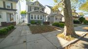 TOTALLY RENOVATED.NEW KITCHEN, BATHROOMS, FLOORS, SIDING, JUST READY to MOVE. SPOTLESSLY CLEAN