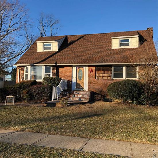 Don't Miss This Exceptional and Rare Opportunity to own in Wantagh. This home features 4 Bedrooms/1 Bath/EIK/Gas Cooking/LR/DR/Enclosed Porch/Full Part Finished Basement. Tons of Potential to Update or Expand to your liking.
