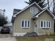 Super Clean, Move-In Condition House, Nice 5 Years Old Kitchen, Close to Shopping, Railroad, Schools, Parkways.