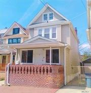 Large bright one Family House, with washer & dryer, great location to commute, garage driveway inclued, few blocks from Queens Center Mall & Woodhaven Station M & R Trains, Bus (Q11, Q21, Q38, Q29, QM10, QM11, QM15, QM40, QM42). Tenant covers gas, electricity. water.