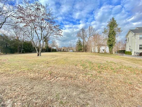 This Rare Opportunity To Build At Least 4560 Sq Ft Home w Full Basement On 1/3 Acre Flat Property. Previous House Has Been Demolished & Approved Plans of Center Hall Colonial (but Expired!) Near Shops, Parks & Transportation. Minutes to Parkwood Complex w/ Olympic pool, Baby Pool & Lazy River, Tennis Courts & Winter Ice Skating.