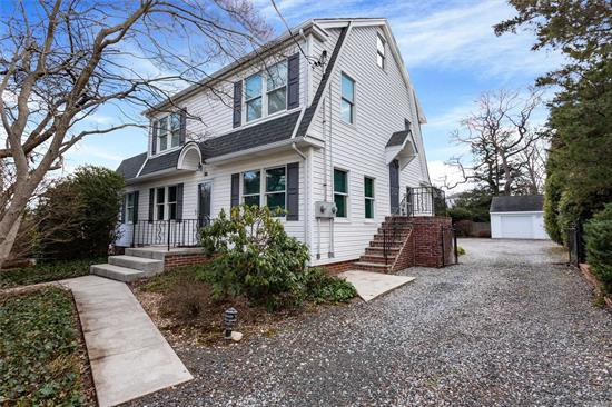 2nd floor of a Legal 2 family. Mint 1 Bedroom, office, living room, kitchen, full bath with tub. Situated Between Huntington Village And Cold Spring Harbor.