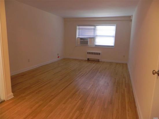 Great Neck. NO FEE! Updated 1 Bedroom/1 Bath Apartment In The Heart Of Great Neck. Apartment Features Living Room/Dining Room Area; Updated Efficiency Kitchen And Full Bath. Laundry On Premises. Garage Parking Available. In Very Close Proximity To Great Neck Lirr, Shopping, Dining, And Much More!