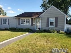 exp ranch 3/4 bedrooms, Lg LR, FDR, EIK, full bath, full basement with utilities, interchangeable layout, Gas in the street--Taxes never grieved..interchangeable layout, with lots of potential, some wood floors, pvc fence, arch roof and new flat roof