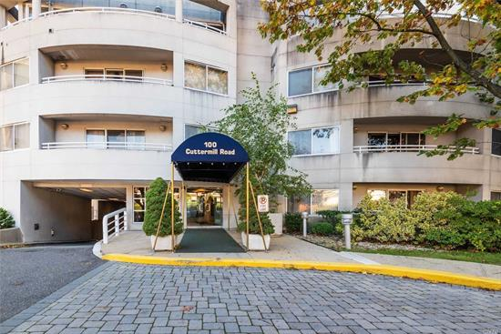 Sunny, 24 Hr Doorman Building, Quiet Duplex Apt With Sparkling Brand New Wood Floors, Granite Kitchen, Marble Bathrooms, Lots Of Closets, Washer Dryer In Unit, Sky Light, 1 Indoor Parking Spot Included. 2 Terraces , Near Town, Worship, Li Rail Road And Shops, Saddle Rock Elementary School.