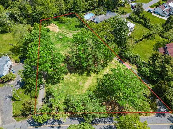 Build Your Dream Home On This Over Sized Lot. Property Is Perfectly Configured for Your Mansion with a Pool and With Plenty of Property to Spare. With a Total of 1.2 Acres The Possibilities Are Endless. Hewlett Harbor School District 14, One of The Last Available Lots in the Area