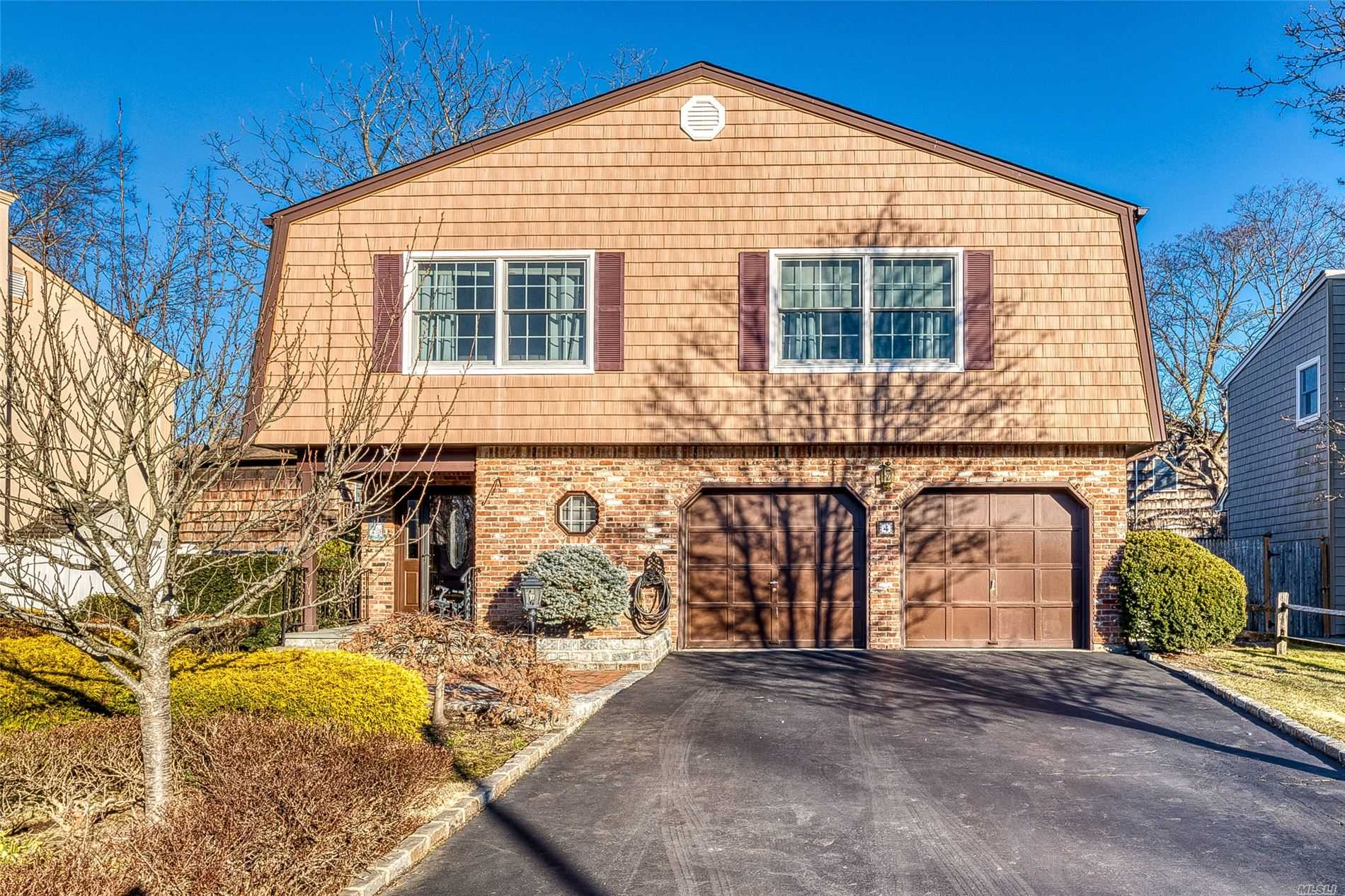 Sunny & spacious home on a quiet tree lined cul de sac.Featuring 4 Bedroom, 3 full baths, eat in kitchen, master bedroom with master bath.Main floor level features den with fireplace, Bedroom, Bathroom, Laundry.Enjoy Glen Head living with nearby parks, Tappen Beach, LIRR .North Shore Schools, Blue Ribbon-Glenwood Landing Elementary-