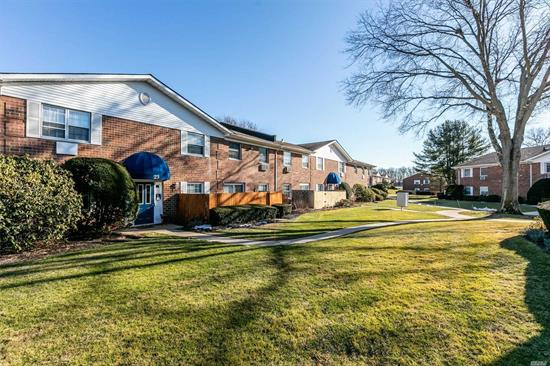 Do Not Miss This Opportunity to Own A 1 Bedroom Unit In The Desirable Stony Hollow Development. This Semi Gated Community Offers In-Ground Pool, Playgrounds, Basketball, Picnic BBQ Area & Proximity to Stony Brook University & Pt. Jefferson Village. Common Charges Include Taxes, Heat, Gas For Cooking, Water, Internet, Cable, Snow Removal, Garbage & Landscaping. Pet Friendly (25 lbs max) With Board Approval. A Must See!