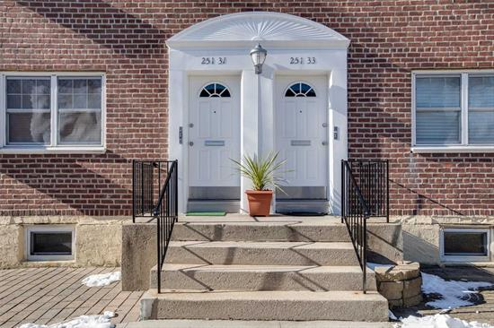 GOOD LOCATION . LARGE SIZE 2 BEDROOMS MODEL., 960 SQF., FORMAL DINING RM.,  LOWER UNIT. { CAN CONVERT 3rd BEDROOM., } 2 PARKING SPACES., CLOSE TO TRANSPORTAIONS & SHOPS., HEATING & ELECTRIC INCLUDES.,  NO FLIP TAX.