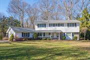 Pristine & Immaculate Spacious Center Hall Colonial Located On A Beautiful Tree Lined Street In The Point Of Woods Neighborhood.Gourmet Chef's Kitchen Opens To A Sunlight Family Room With WB Fp.Hardwood Floors, Formal Living Room & Oversized Dining Room With Butler's Pantry Are Perfect For Entertaining!Flat One Acre Of Professionally Landscaped Property With IG Vinyl Pool