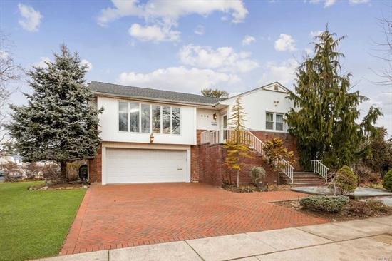Priced To Sell! Desirable Corner Property In North Woodmere. 5 Bedroom (3 Up 2 Down), 3 Full Bathroom, Nearly 3, 000 Square Ft. Hi Ranch. Open Layout Kitchen/Dining Room/Living Room. Great For Entertaining! Large Den Downstairs With Wet Bar And Access To Patio And Pool. New 200 Amp Service Upgrade.