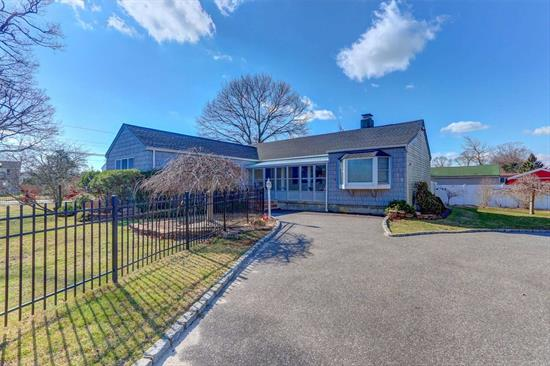 Sprawling Exp 3 Bedroom Ranch In East Islip School District! South of Montauk! Open Floor Plan/Plenty of Natural Light! Enclosed Front Porch-Perfect for Cozy Summer Nights! 2 Car Garage/New Automatic Door Openers lead into Lrg Kitchen/Stone Counter-tops & Island +New Double Ovens-Huge Pantry&Laundry Area~All Overlooking Formal Dining Room & Family Room! Family Rm is Complete with a Wood Burning Fireplace! Hardwood Flrs Throughout! Central Air! Master New Bath has Radiant Heated Flr New Roof!