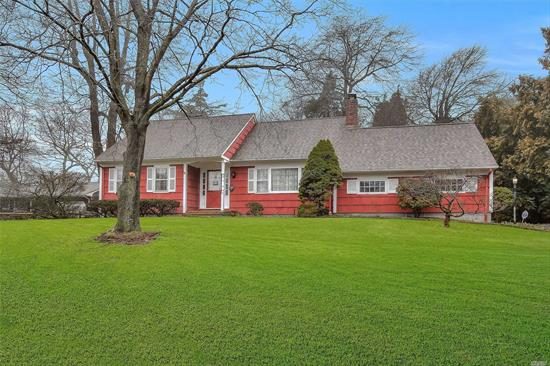 Don';t miss this one!!, Beautiful, immaculate clarendon farm ranch on a shy 1/2 acre property. All hardwood floors, eat-in kitchen, livingroom with fireplace, 2 bedrooms, and bath, upstairs, large master, and an additional 2 bedrooms. Two car garage, covered patio, Large backyard,  Private beach rights too.