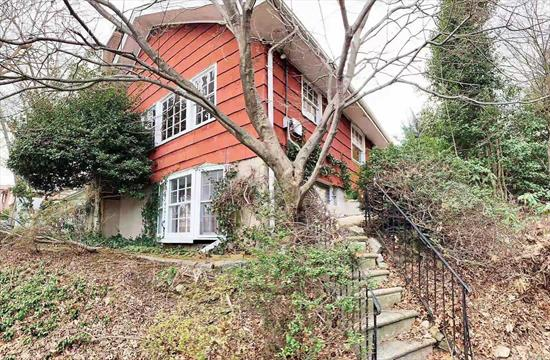 4-Bedroom Ranch has high ceiling basement with separate outside entrance. Great school district. Near Northern Blvd for shopping, dining and everything else.