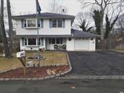 WHAT A DEAL!!! fantastic colonial  feature : 5 bed 1.5 bath , huge bedrooms extended kitchen , 1 car garage INGS.