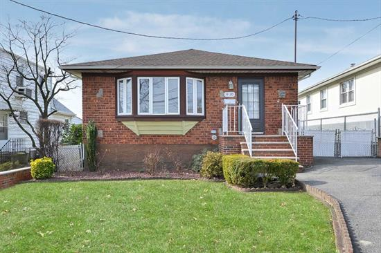 Beautiful Ranch House Situated In Quiet residential area. It Features 3 Bedrooms, 2 full Bathrooms, Full and finished Basement, hardwood floor throughout, CAC, 1 Car Garage with a long Driveway and back yard. Close to Mass Transit, Major Highways, Shops, And All. Excellent Condition and a must see
