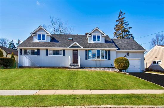 A Diamond, completely remodeled designer home on a 100/100 property in prestigious Bar Harbour Community! This Stunning Home Features an Open Concept, open Liv Rm-Dining Rm, Custom EIK w/quartzite-SS Appl., Huge Master Suite w/gorgeous FBath-walk in closet, .original master w/fbath(1st floor), 3 additional large bedrms, bright family room w/sliders out, designer baths, custom moldings, new siding-mason work, CAC, IGS, Enormous Full Basement, 2 car att garage, WOW!!This home has it all!!