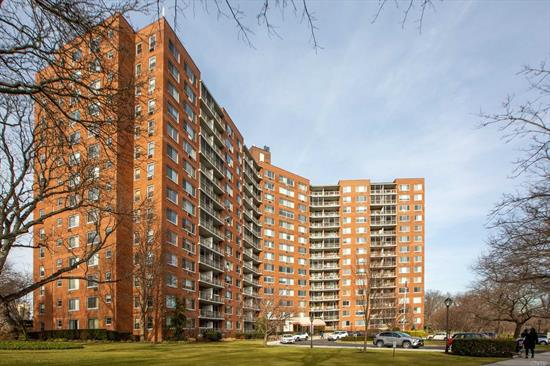 LIVE YOUR BEST LIFE IN THIS GENEROUSLY PROPORTIONED SUNLIT 2 BEDROOM, 2 FULL BATH UNIT WITH SPECTACULAR UNOBSTRUCTED VIEWS FROM EVERY WINDOW OVERLOOKING LITTLE NECK BAY & MILES BEYOND! EIK, FDR, LR, TERRACE & CLOSETS GALORE! MAINTENANCE INCLUDES ALL UTILITIES. AMENITIES INCLUDE 24 HR DOORMAN, SEASONAL POOL, GYM W/LOCKER ROOMS, COMMUNITY ROOM W/BILLIARDS & CARD TABLE. 2 LAUNDRY ROOMS. CLOSE TO SHOPPING, PUBLIC TRANSPORTATION, PARKWAYS, OAKLAND PARK & RESTAURANTS.