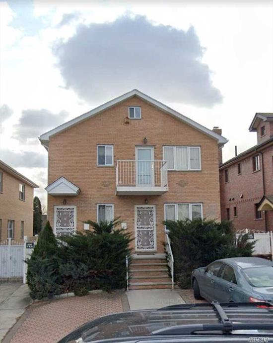 Huge 3 bedroom apartment for rent. Features Hardwood flooring throughout, Formal living room, eat-in-kitchen, 1full Bathroom & 1 full bathroom in the master bedroom. Located on the 2nd floor of a 2 family house. Close to supermarket and all.
