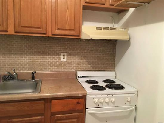 Studio for rent with all utilities included. 1 person rent will be $1300, 2 people rent will be $1500. Apartment ready to move in now.