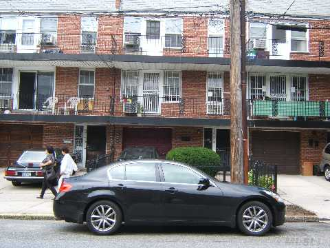 **Excellent Location And Great Investment Opportunity.**