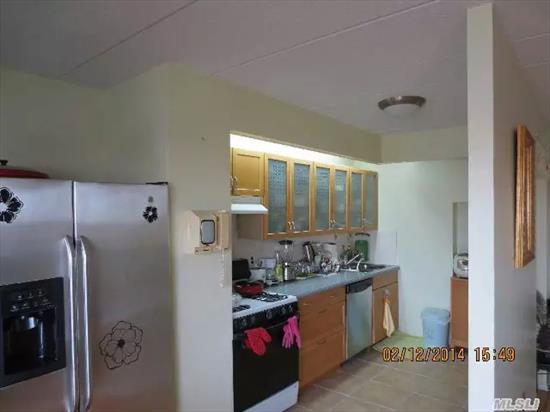 Mint Condition, **Penthouse**, Bridge View, New Italian Tile Terrace. Lr/Dr, Eik, Gorgeous View!!!