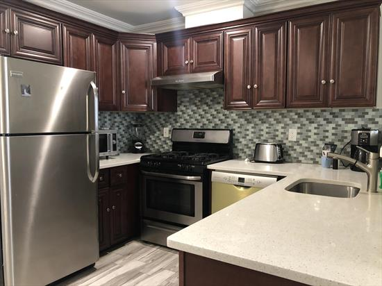 2BD/1Ba in new rental building in the highly desirable Journal Square neighborhood. Just a short blocks from the PATH train station. Open layout kitchen with stainless steel appliances (refrigerator, stove and dishwasher) and granite counter-tops. The Two bedrooms can accommodate queen-size beds.  Unit is flooded with natural light. Shared Laundry and INDOOR parking available to rent! Available for May 15th occupancy or sooner. Broker's fee applies.