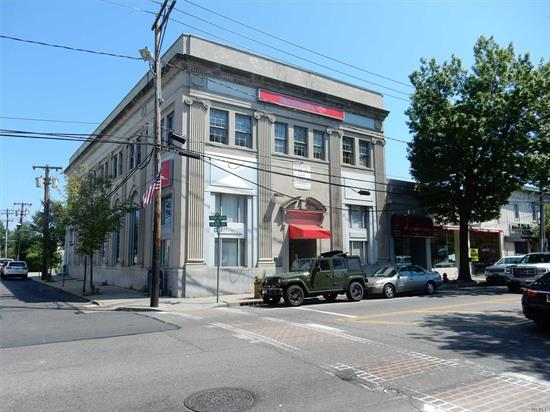 Office located above The Bank of America on Main St. Across from the LIRR. Close to all shops and restaurants. Utilities included! Tired of Working From Home
