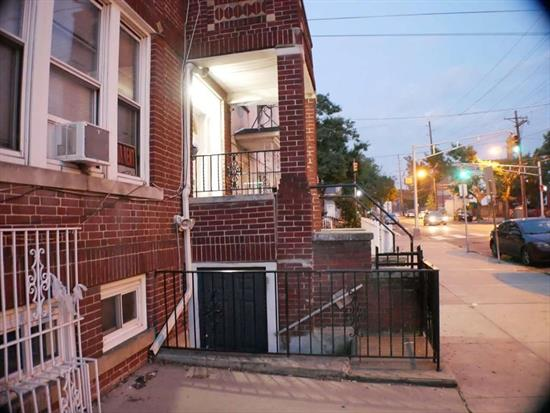 Location !!, Location !!, Location !!. Close to Shopping, Bus, Park & School  OPEN HOUSE !!. SUNDAY 9/27/2020. 2 PM TO 4 PM.
