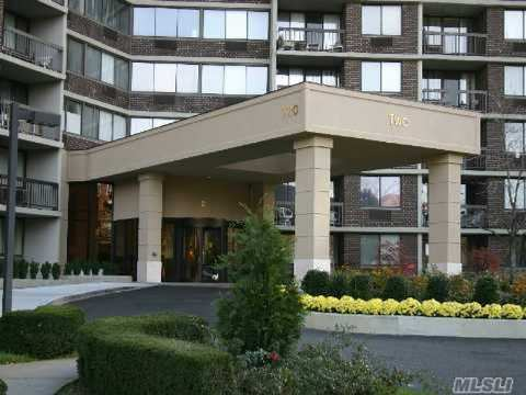 Triple Mint Three Bedroom; Two Bath; Largest Unit In Complex; Breathtaking Bridge And Water Views; Over $300K In Renovations-Truly One Of A Kind; Conceiger, Doorman, Year Round Swim And Fitness Center, Tennis Club, Underground Stores And Restaurant On The Premises.!!! See Virtual Tour!!!
