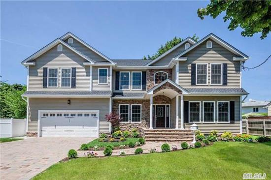 New Luxury Construction! A Rare Oppty To Own A Custom Built 5 Br, 3 Bth Center Hall Colonial On Shy 1/2 Acre In Sought After North Syosset. The Impressive Design Boasts A 2-Story Entry Foyer, Detailed Rich Crown Moldings & Millwork, Finest Upgrades, Stunning Eik & Baths. This Luxury Residence Is Complete W/Finished Bsmnt W/Ose & Room For Pool. Award Winning Syosset Schools!