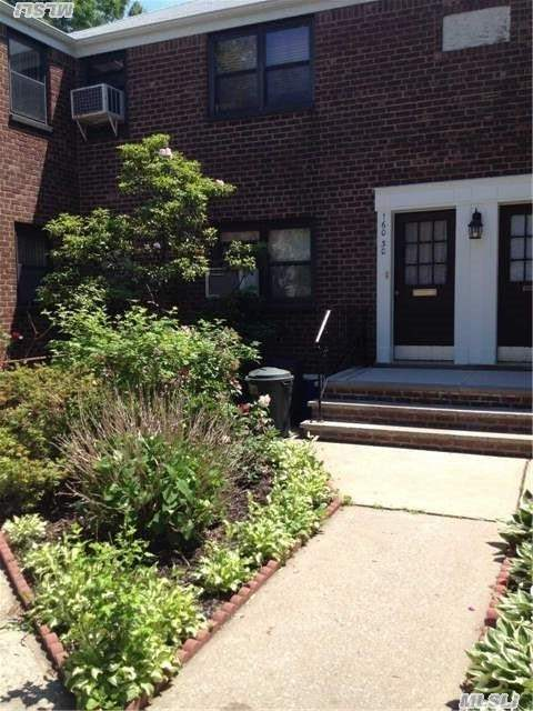 Perfect Starter Or Retirement Co-Op On First Floor...Seller Pays Flip Tax. Close To Train, Planes, Parkways, Washer/Dryer Allowed.