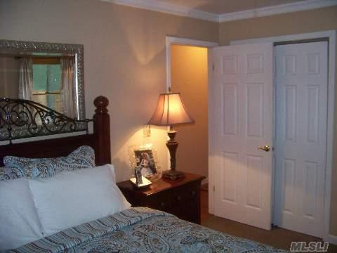 Diamond 3 Bedroom, 2 Bath Ranch On .28 Acres, Lr, Da, New Eik, Laundry Area, 2 Car Garage And 20X20 Deck. Great Home!!!!