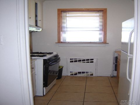 8 x 8 Kitchen with Ceramic Tile Floor