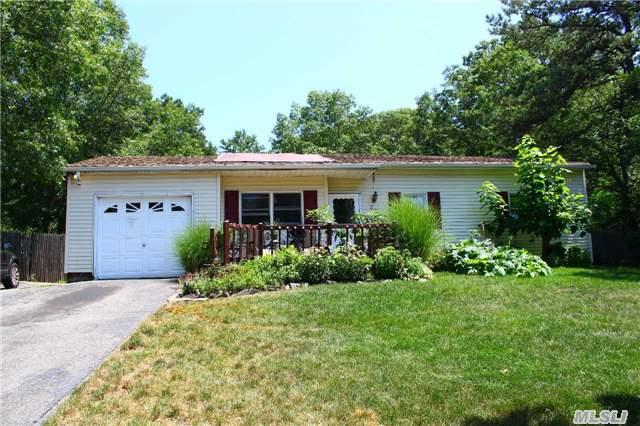 Short Sale - Needs Work, Cash Or 203K - Great For Investors. Living Room And Eat-Kitchen W/Vaulted Ceilings. 4 Bedrooms, Den/Office And 2 Updated Full Baths. Possible Legal Accessory Apartment With Proper Permits. Large Property Located On A Quiet Dead End Street.