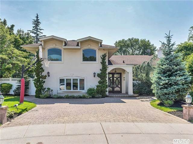 Magnificent 4/5 Br Split Level Home In Cul De Sac. Oversized One-Of-A-Kind Resort-Like Property With Outdoor Built In Kitchen, 20 X 40 Solar Heated Ig Swimming Pool And Gunite Hot Tub With Waterfall. Must See!