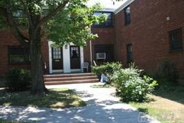 Bright First Floor Unit.  Updated Bathroom.  Washer/Dryer. Hardwood Floors.  Close To Transportation And Shopping.  Ample Street Parking