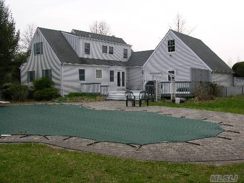 Great Cape In Karlin Farms. Alot Bigger Then It Appears.Granit Counters In Kitchen,French Doors Overlooking A Mountain Lake Pool With Tier Decking And Total Privacy.The Den Has Planked Flooring,Cac,Partly Finished Basement. Lr With Fp,Roof 5 Yrs Old,Pool Lining 3 Yrs Old.