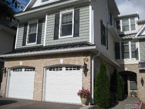 Brand New Cont. Home,Fireplace,Oak Flors,Master Bedroom On Main,2nd Br,Den 2.5 Bths,Garage